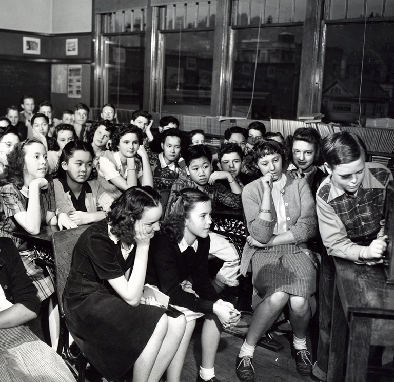 Classroom-at-the-Couch-School-Portland-November-1-1945